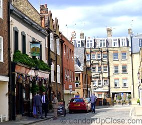 The Dover Castle is located in cobbled Weymouth Mews, Marylebone, between Portland Place and Harley Street.