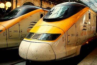 Eurostar trains at Gare du Nord Station, Paris, France. Photo by austinevan, flickr.com/photos/austinevan