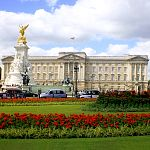 London Attractions - Palaces & Castles: Buckingham Palace. Photo by valdiney, flickr.com/photos/valdiney