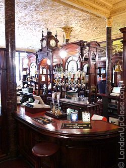 The mahogany 'island bar' in the Princess Louise Pub in Holborn is original, and very impressive!