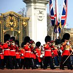 Things to do in London - Ceremonies: The Changing of the Guard. Photo by laszlo-photo, flickr.com/photos/laszlo-photo